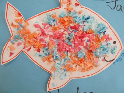 Fish Art Project for Toddlers, sensory art for toddlers, ocean project for preschool: Beaches, Fish Bulletin Boards, Ocean Theme, Boards Crafts, Arts Crafts, Toddler Fish, Photo, Beach Bulletin Boards