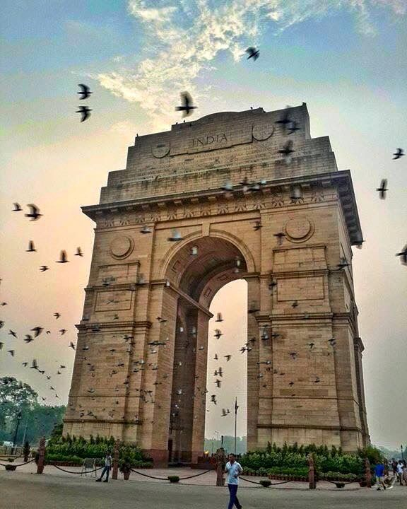India Gate , New Delhi , India. #IncredibleIndia #FactsPediaIn