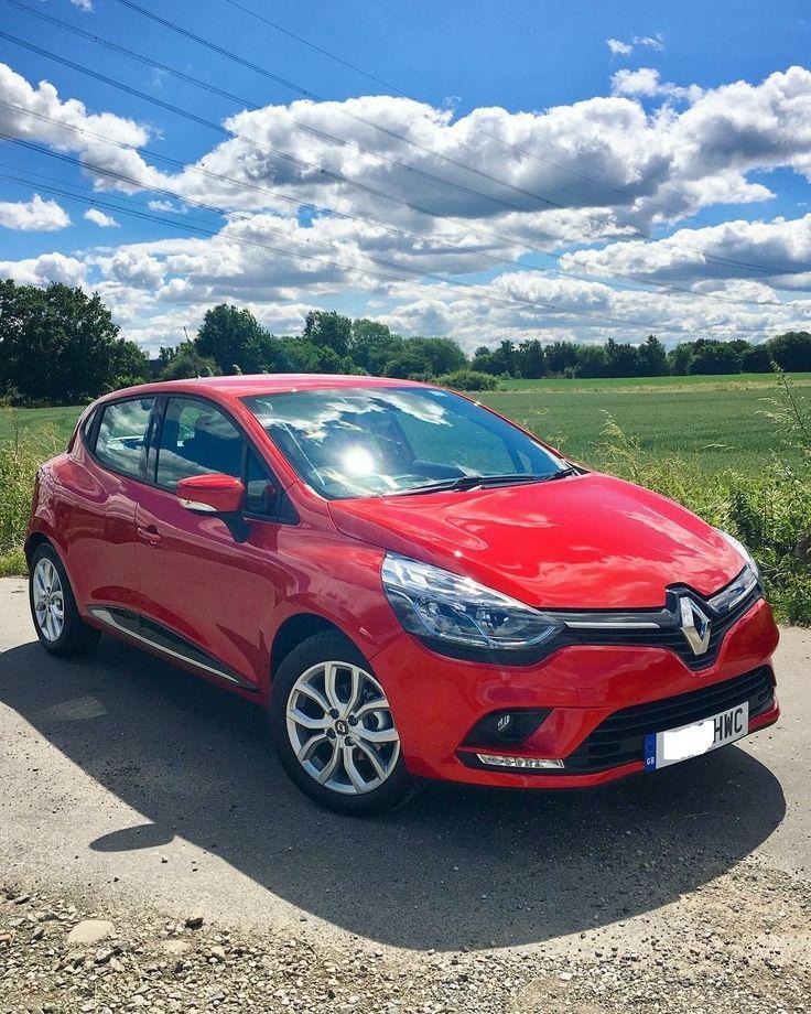 The Renault CLIO HATCHBACK 0.9 TCE 90 Dynamique Nav 5door