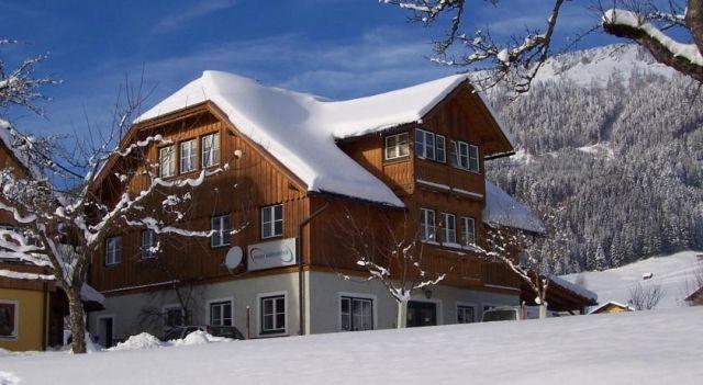 Ferienwohnungen Neuper - #Apartments - $82 - #Hotels #Austria #BadMitterndorf http://www.justigo.uk/hotels/austria/bad-mitterndorf/ferienwohnungen-neuper_46831.html