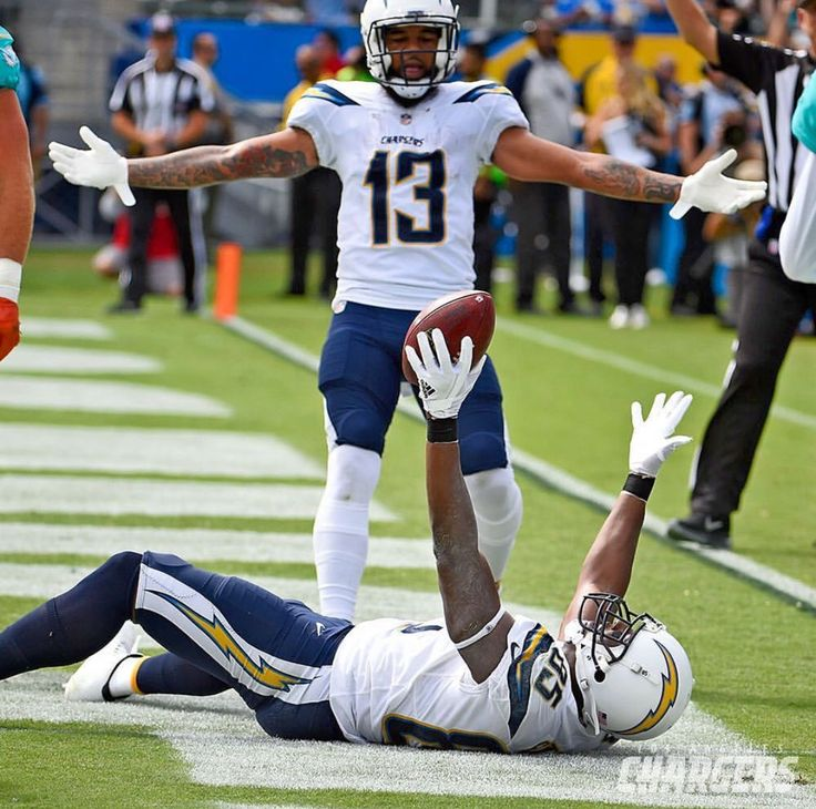 Antonio Davis with most touchdowns for a TE in NFL history. Keenan Allen looks pretty happy for him