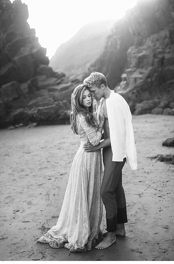 Stranden in den Armen der Liebe von Tyler Rye Photography