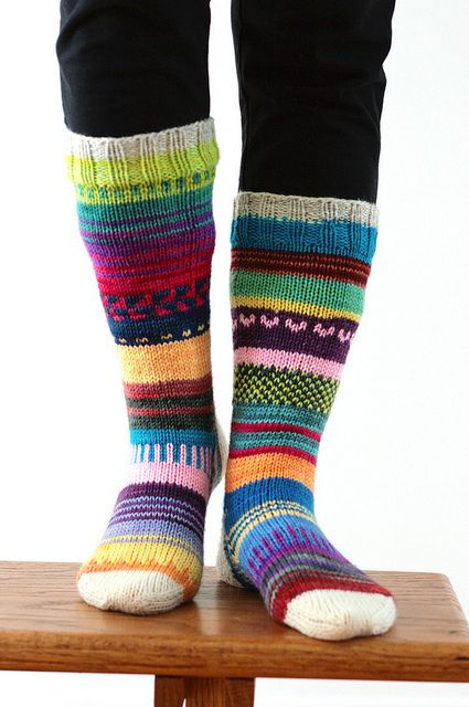 I can't believe Tanis just knit these without any pattern - I'd have to plan it all out, and it still wouldn't come out looking as good!