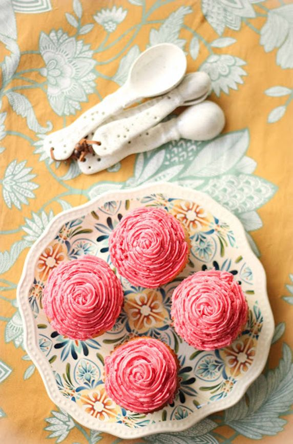 Raspberry Frosted Sweet Lime Cupcakes | Recipes | Pinterest
