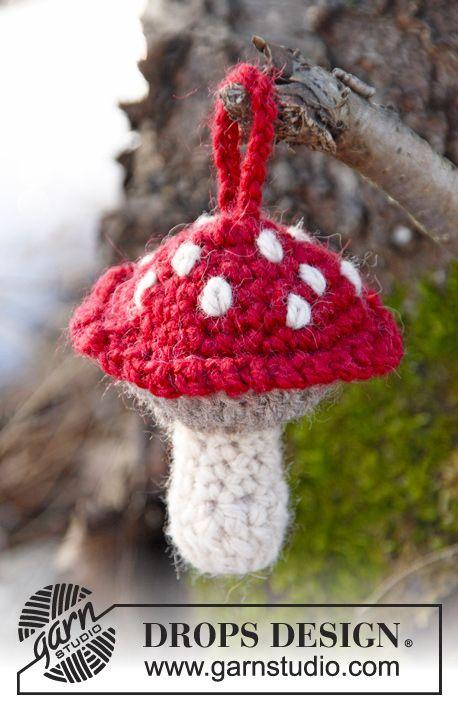 "Crochet DROPS Christmas mushroom in ""Nepal"". ~ DROPS Design"