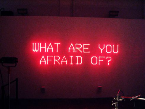 'WHAT ARE YOU AFRAID OF?' -NEON SIGN ๑෴MustBaSign෴๑