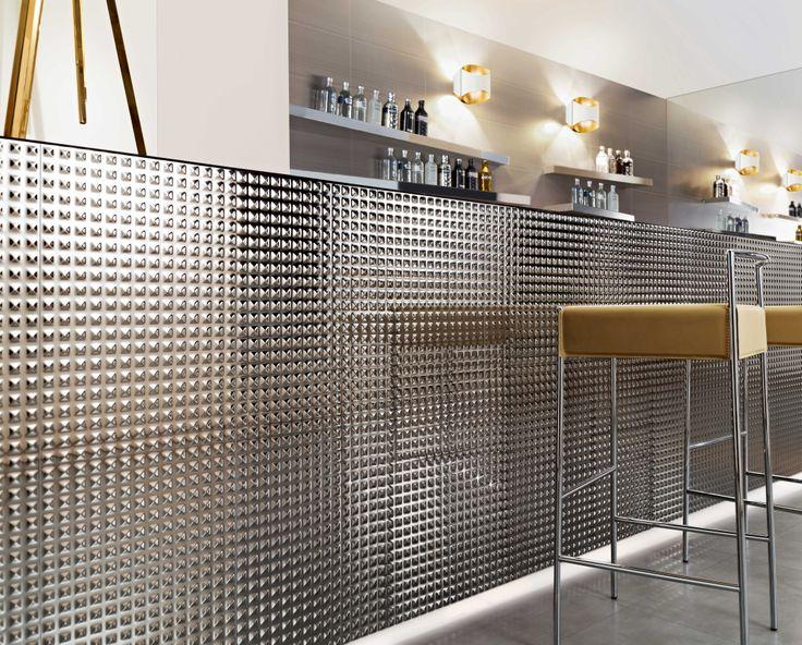 ceramic tiles wonder mirror pyramid by love tiles love. Black Bedroom Furniture Sets. Home Design Ideas