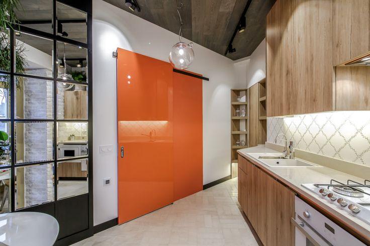 Дизайн кухни неправильной формы фото спокойно