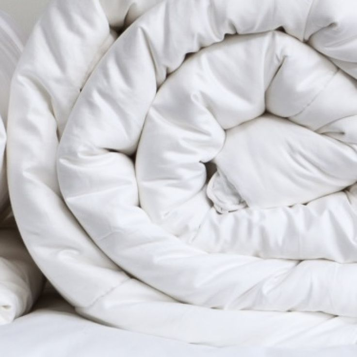 King Duvet - 90% Goose Down ! New duvet for our bed when we move !!