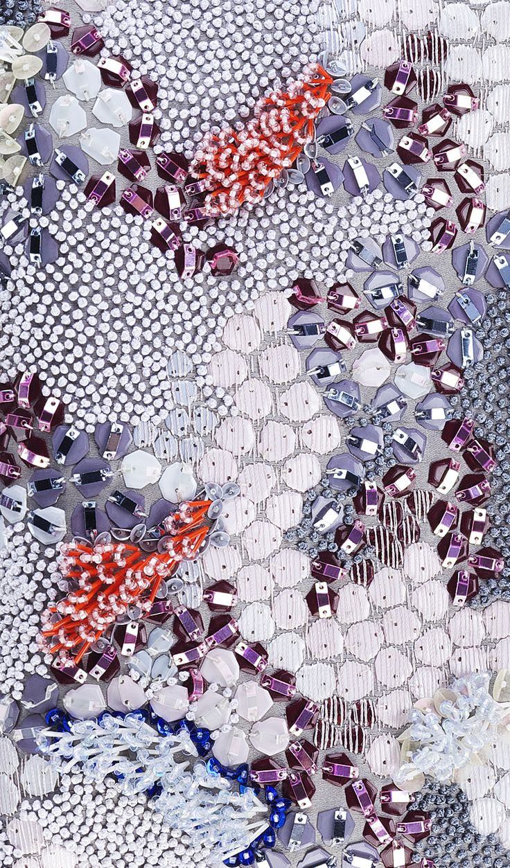 DIOR par Raf Simons | Pre-fall 2014 | detail LOVE the layering of different types of sequins.