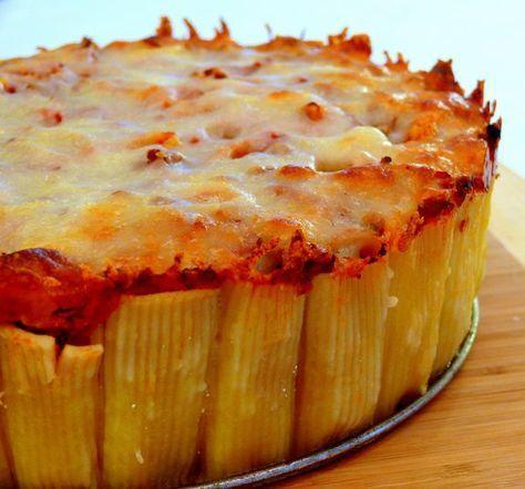 Si vous raffolez de la cuisine italienne, vous allez adorer cette recette très originale… La tarte aux pâtes ! Il vous suffit d'un simple moule à gâteau pour recréer ce ...