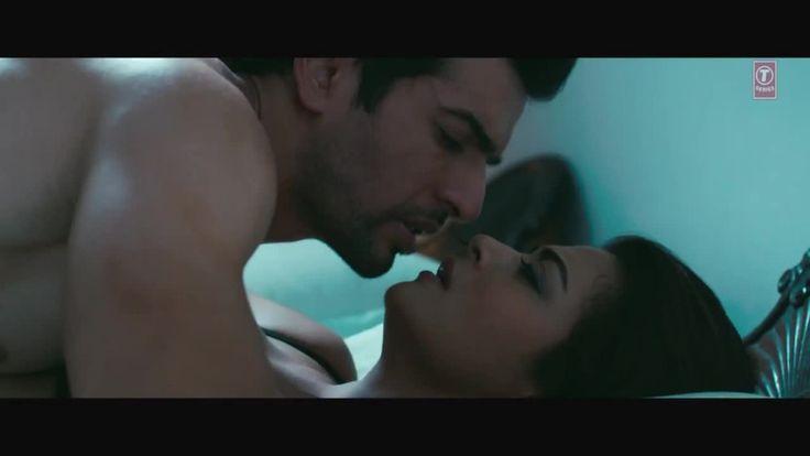 Surveen Chawla Bed Scene 1
