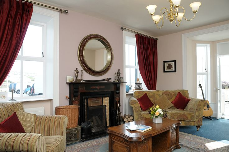 The sitting room in Milltown House Guesthouse. Perfect for curling up with a book and a cup of tea.