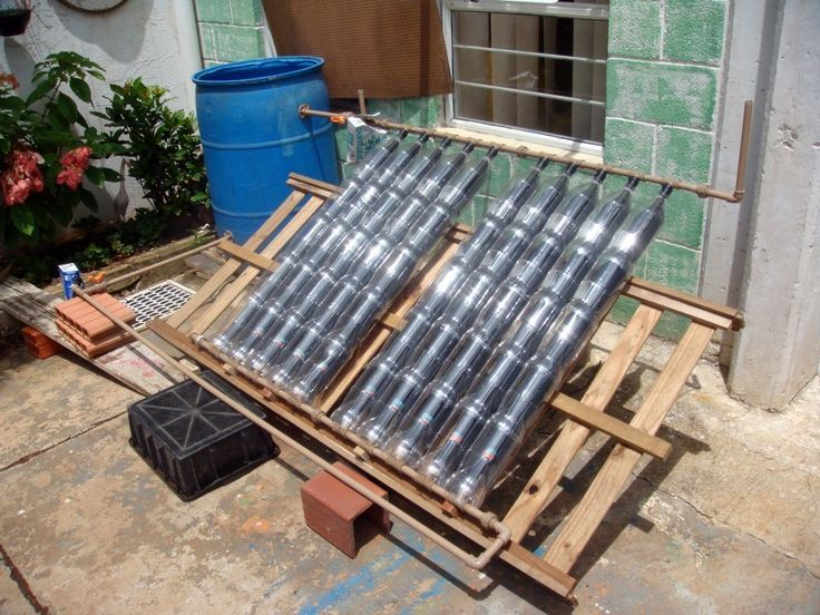 calentador de agua solar hecho con botellas PET