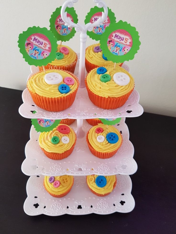 Lalaloopsy button cakes