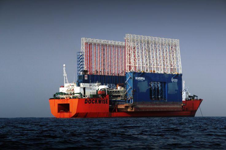 Kugira, el constructor de Mega Puertos que flota en el mar @alvarodabril