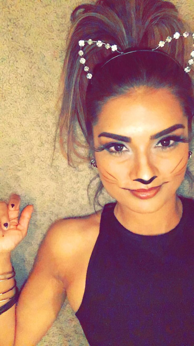 Cat makeup. Cat costume. Cat nails. Halloween 2015. Simple diy costume for the night! Instagram: blxva and like OMG! get some yourself some pawtastic adorable cat shirts, cat socks, and other cat apparel by tapping the pin!
