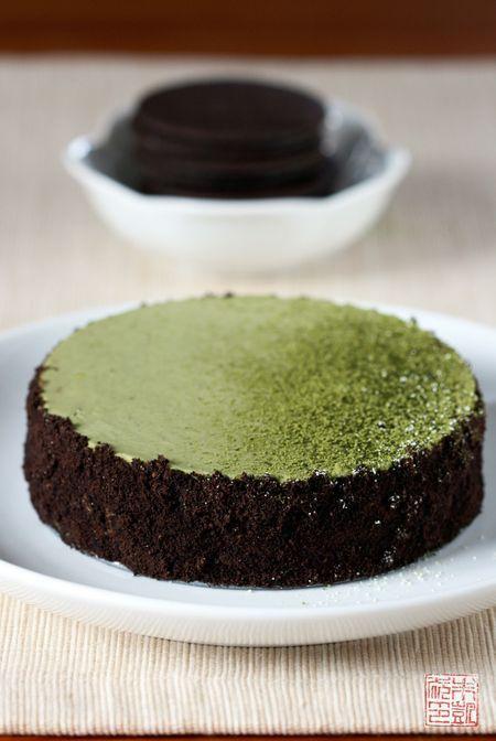 Green Tea Cheesecake - I wonder if the matcha cuts down the richness of the cream cheese? #green_tea #matcha