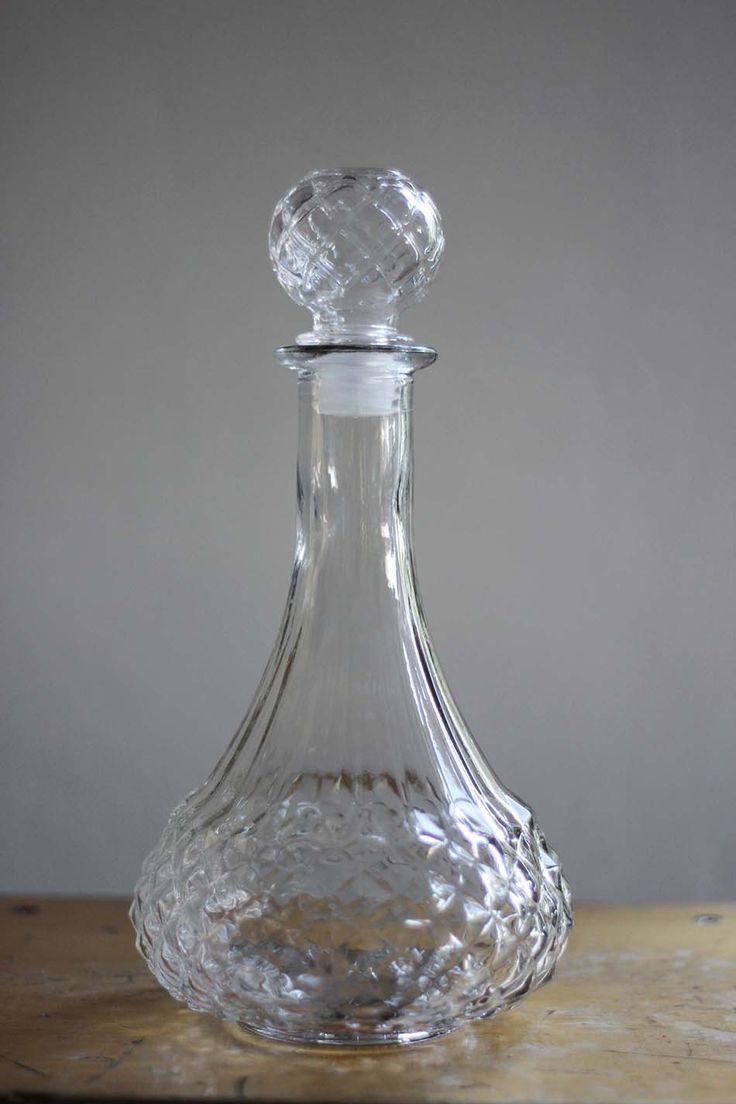 licor objetos de cristal relucientes