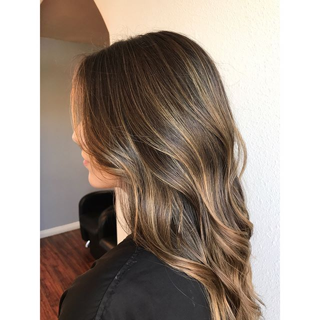 Caramel waves  . . Lightened with @love_kevin_murphy lightener, 20 vol. Toned with @redken Shades EQ 7N + 8V . . #salonellelajolla #lajollastylist #lajolla #sandiego #sandiegostylist #balayage #livedincolor #sunkissed #ombre #hair #hairstyle #lovekevinmurphy #nofilter #sunkissedhair #blend #lowmaintenance #waves #curls #lajollalocals #sandiegoconnection #sdlocals - posted by Roselle Reyes  https://www.instagram.com/sully_beauty. See more post on La Jolla at http://LaJollaLocals.com