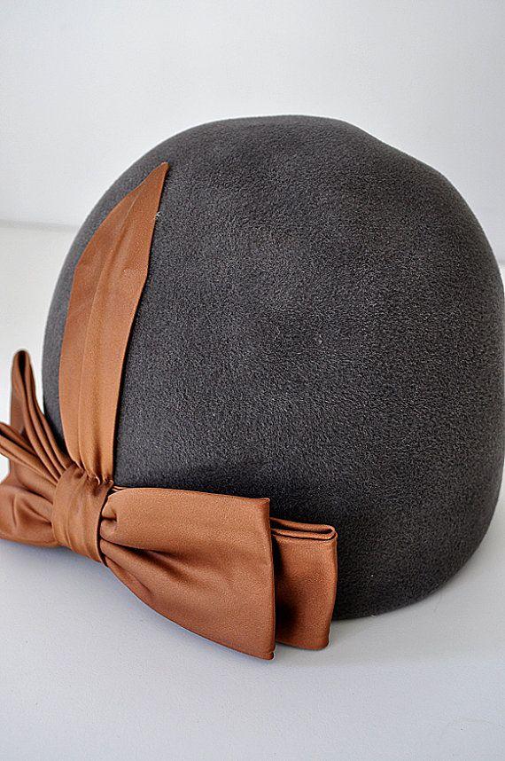 Vintage 1920's Cloche Flapper Hat by MaudeAndLola on Etsy