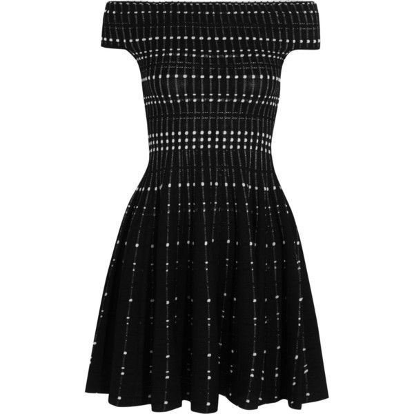 Alexander McQueen Off-the-shoulder knitted mini dress ($1,365) ❤ liked on Polyvore featuring dresses, vestidos, black, short flare dress, flare dress, off shoulder mini dress, alexander mcqueen dresses and boucle dress