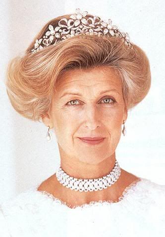 Princess Alexandra of Kent wearing the Olgilvy Tiara. The centers of the flowers can be worn with Diamond, Turquoise, Sapphire stones or Pearls.