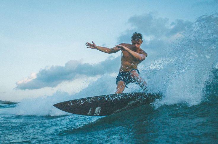 "1,136 Likes, 2 Comments - RASKAL (@raskal) on Instagram: ""Spray it. Happy bday @mrsebsmart   #spray @vans_europe #canggu #surf"""