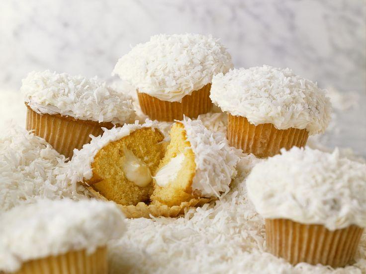 Kokos-Cupcakes - smarter - Zeit: 40 Min. | eatsmarter.de