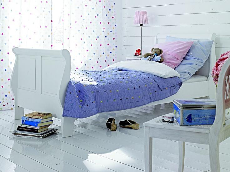 Schlafzimmer im landhausstil kinderzimmer jugendzimmer for Jugendzimmer landhausstil