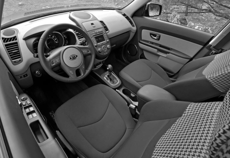 2010 Kia Soul with Houndstooth interior. color / black & tan (mocha) love it !