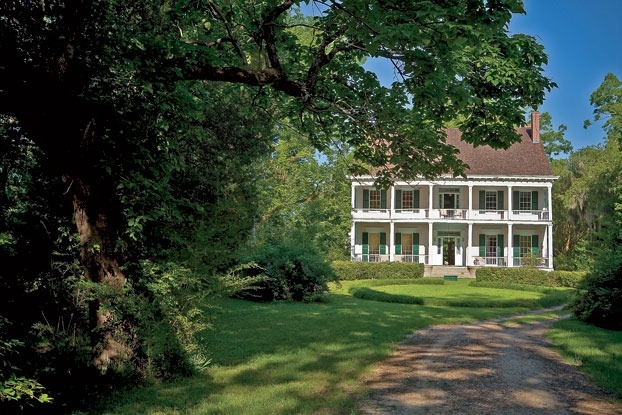 plantation: White Houses, Old Southern Plantation, Natchez Mississippi, Wyolah Plantation, Southern Beautiful, Plantation Homes, Tate Taylors, Plantation Houses, Southern Plantation Home