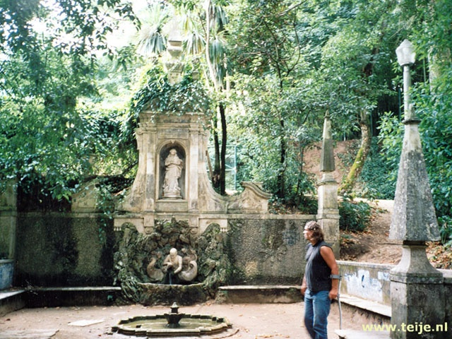 Coimbra Portugal http://www.havetravelfun.com/images/2001/portugal/portugal116.jpg