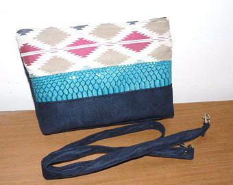 sac bandoulière tissu ethnique, simili croco et suédine marine/beige/rose/ turquoise