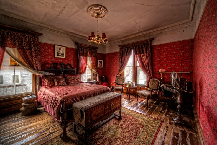 The Red Room by Frank Grace on 500px