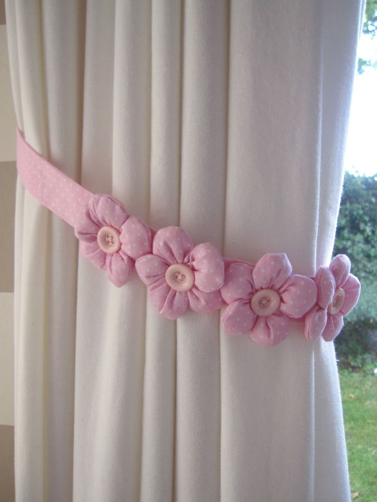 ONE FABRIC CHILDREN CURTAIN PADDED FLOWER TIE-BACK - PINK BLUE FUSHIA POLKA DOT