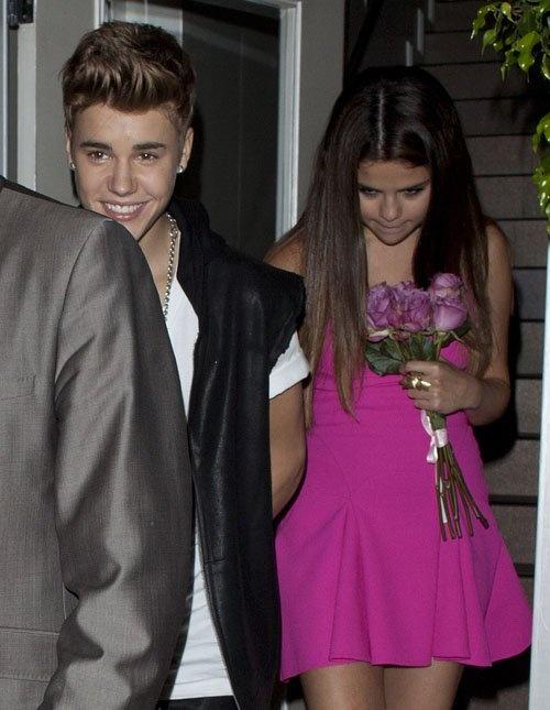 Primicia Noticias: Justin Bieber y Selena Gomez: Cena de cumpleaños despues de los TCA 2012