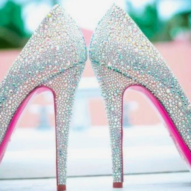 48bbe1bfbdce Sparkly heels with pink soles