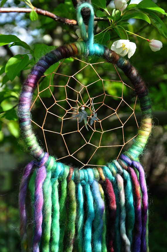 tie dye dream catcher diy gottta try pinterest yarns off of and knit crochet. Black Bedroom Furniture Sets. Home Design Ideas
