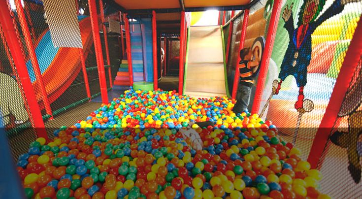 Let's Play is an indoor play centre in Nicholls.