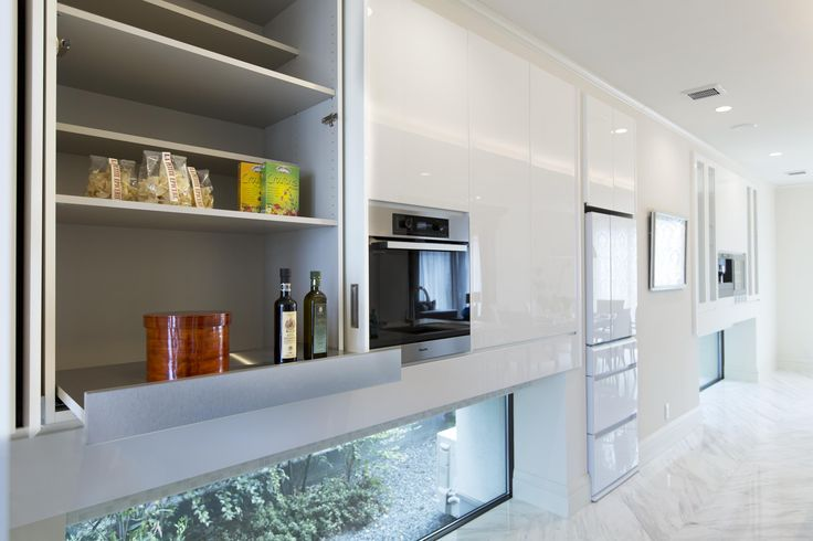 オーダーキッチン/オープンキッチン/アイランドキッチン/ゆとりある空間 /インテリア/デザイン/框/框扉