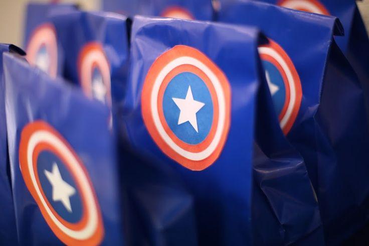 Anniversaire de super-héros. Décoration   Avengers www.deuxsoeursunagenda,com