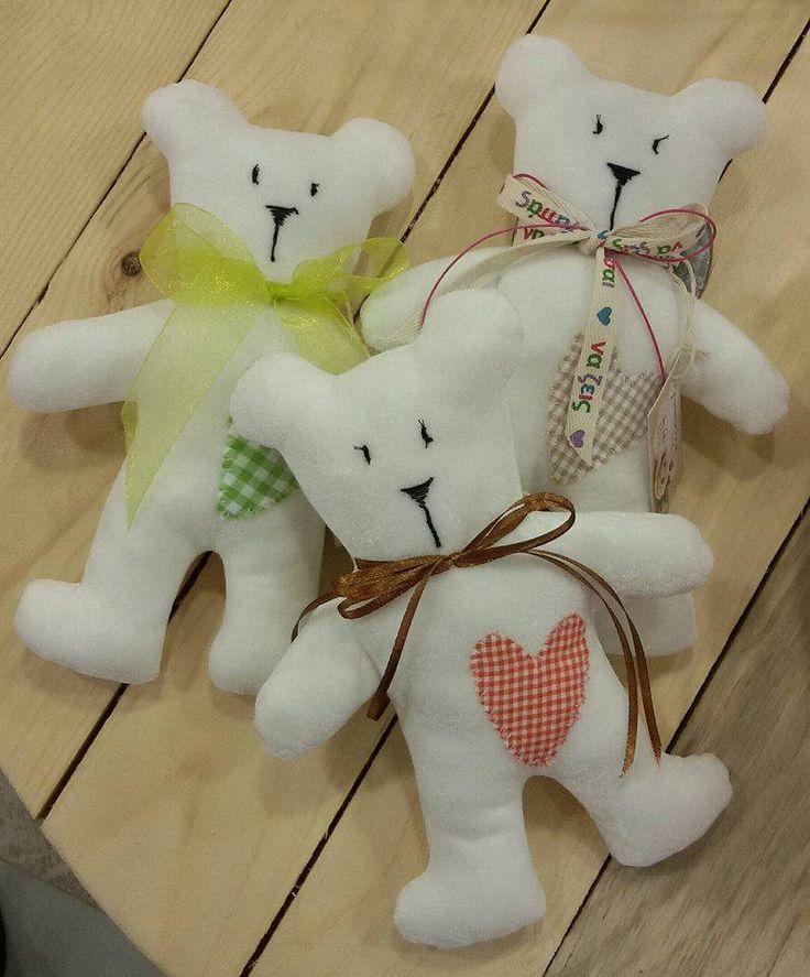 Set of three white off velvet teddy bears. Gift, nursury, toy,for Birthday,babyshower decoration, by paninaoneira on Etsy