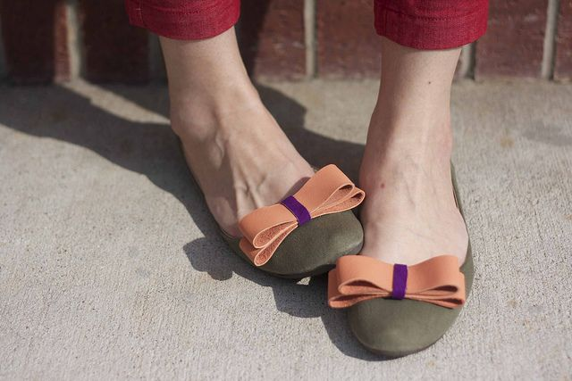 DIY leather bow shoe CLIPS!