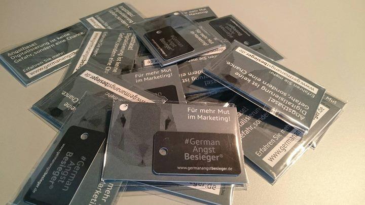 """Happy """"Ändere-dein-Passwort-Tag""""!  Heute ist der nationale Tag an dem Benutzer daran erinnert werden sollen ihre Passwörter zu wechseln um die eigenen Konten Online zu schützen. Was sollte sich dafür besser eignen als unser #GermanAngstBesieger Passwort-Generator? ;-)"""