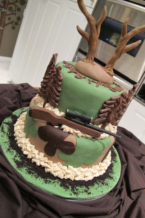 Ther great Deer Hunter! - by Sharon @ CakesDecor.com - cake decorating website