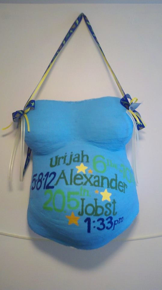Simple decorating with baby's name, time of birth, weight and length
