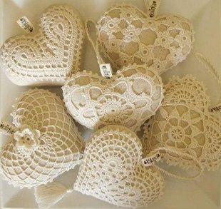 Materiales gráficos Gaby: Esquemas de corazones tejidos