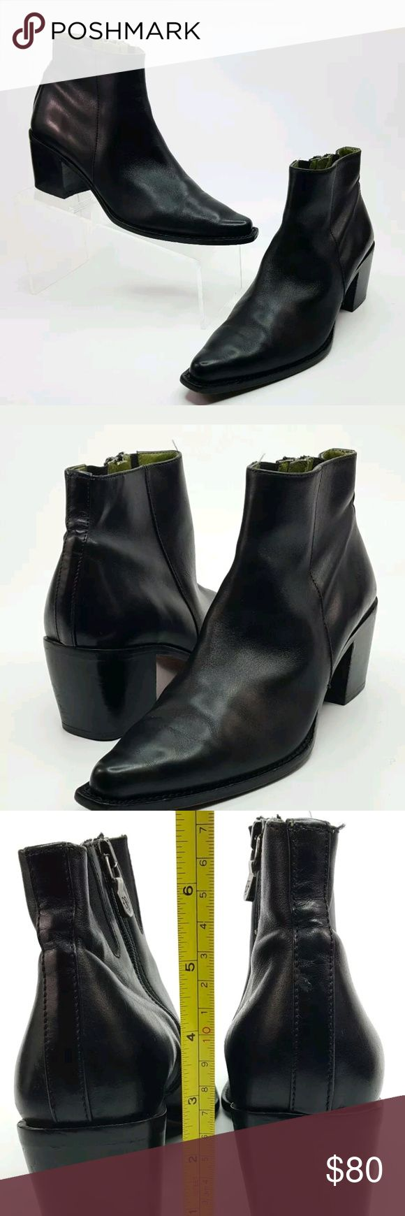 Donald J Pliner Ankle boot Tanith sz 7.5 Thank You For Shopping At Foxys Closet  Brand: Donald J Pliner  Description: Women's Black Leather Pointed Ankle Boot Tanith western Tip By Donald J Pliner  Color: Black  Style: Ankle Boot  Size: 7.5  Heel: Block  Condition: In Great Condition Some Wear on soles, Upper has some Scuffs  Accesories Not Included  Please See All Images Donald J. Pliner Shoes Ankle Boots & Booties
