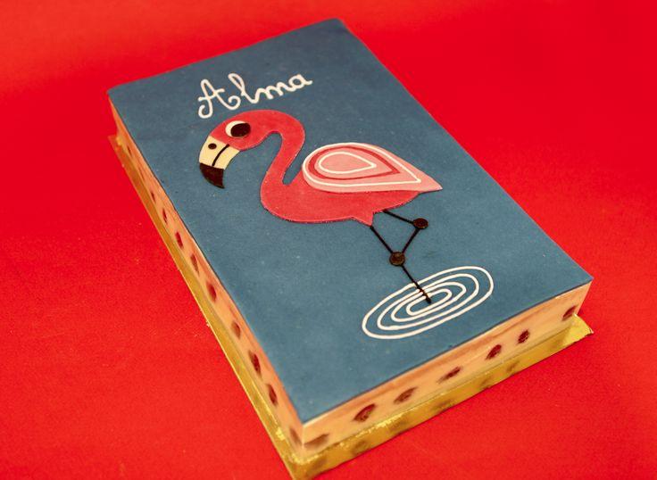 Joli flamand rose by Pâtisserie Chez Bogato 7 rue Liancourt, Paris 14e. Ouvert du mardi au samedi de 10h à 19h. Tel. 01 40 47 03 51 Cake Design Birhtday cake Gâteau d'anniversaire